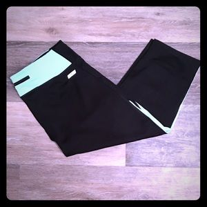 Express Black & Teal Performance Capris